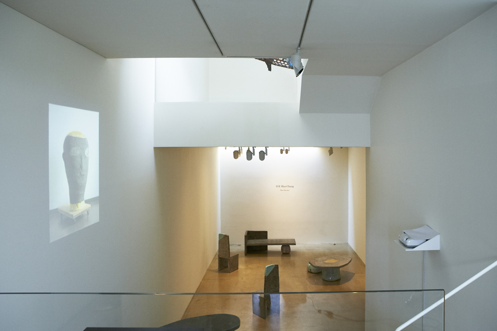 Hun Chung Lee, The journey, Installation view at ONE AND J.GALLERY, 2013