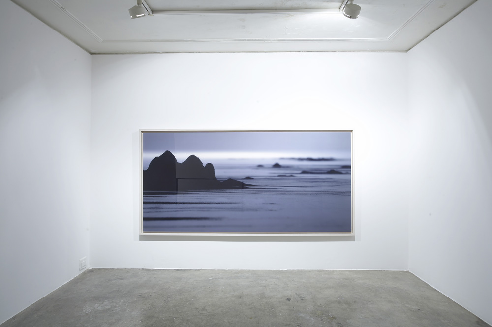 Jongku Kim, Poongkyung, Installation view at ONE AND J.Gallery, 2007