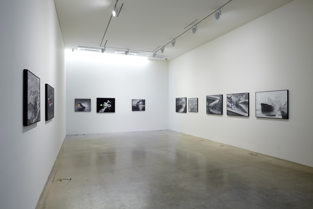 Kyunghwan Kwon, I can do everything but I can't do anything, Installation view at ONE AND J.GALLERY, 2012