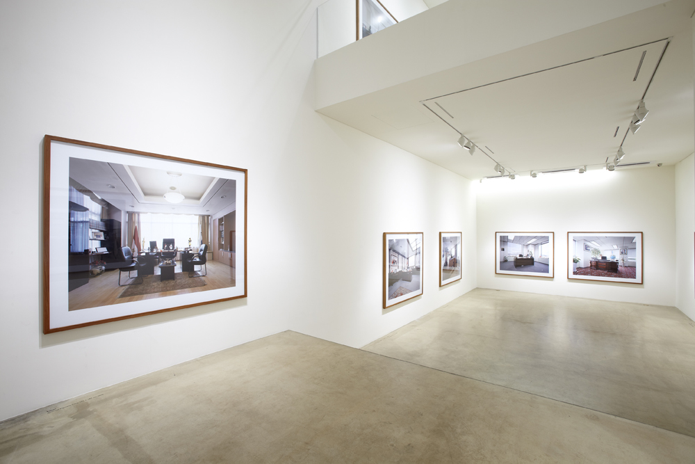 Minseung Jang, A multi culture, Installation view, ONE AND J.GALLERY, 2010
