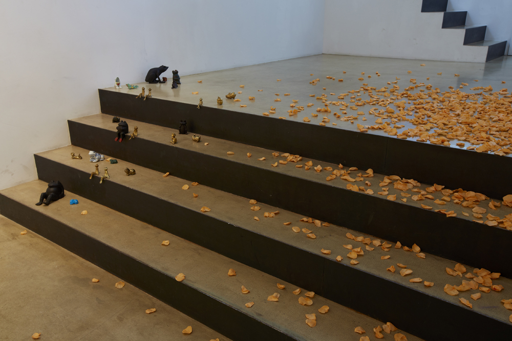 Chosil Kil, Kiss&fly, Installation view at ONE AND J.GALLERY, 2014