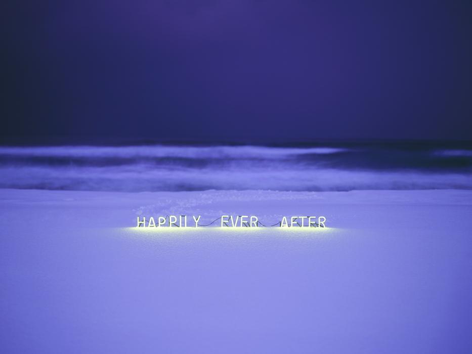 이정, Happily ever after, C-type print, 141×188cm, 2013