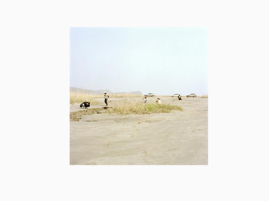 김윤호, 사진작가의 풍경 #3, Archival Pigment Ink, 80x80cm, 2003