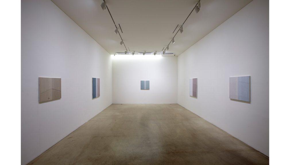 김수영, 균형과 대칭, 전시장 뷰, 2011